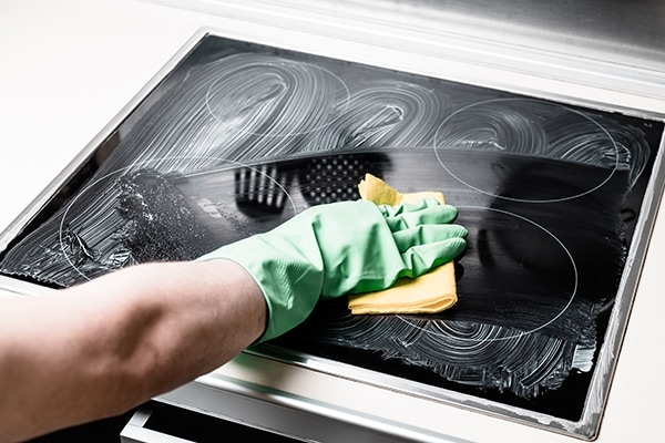 how to clean a maytag glass cooktop